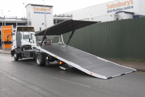 Recovery Truck - Recovery Vehicle - California SlidebackMulti Car Carrier