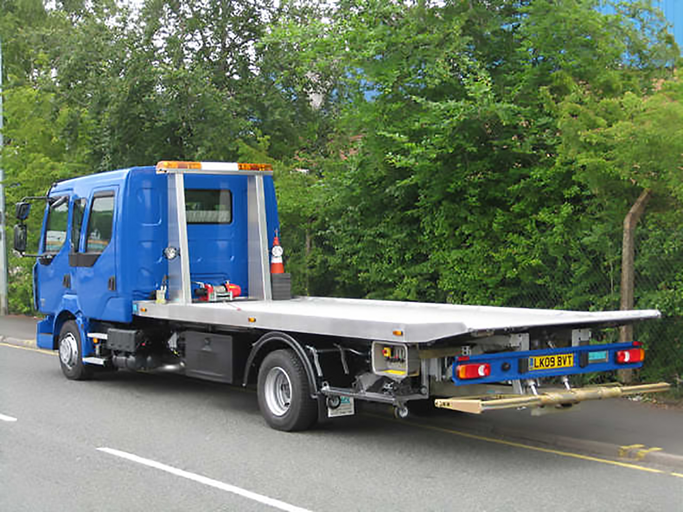 Recovery Truck - Recovery Vehicle - Slideback Low Approach