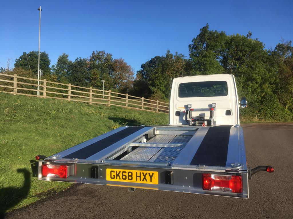 TRUK Recovery Vehicles - Beavertail 3.5T Iveco